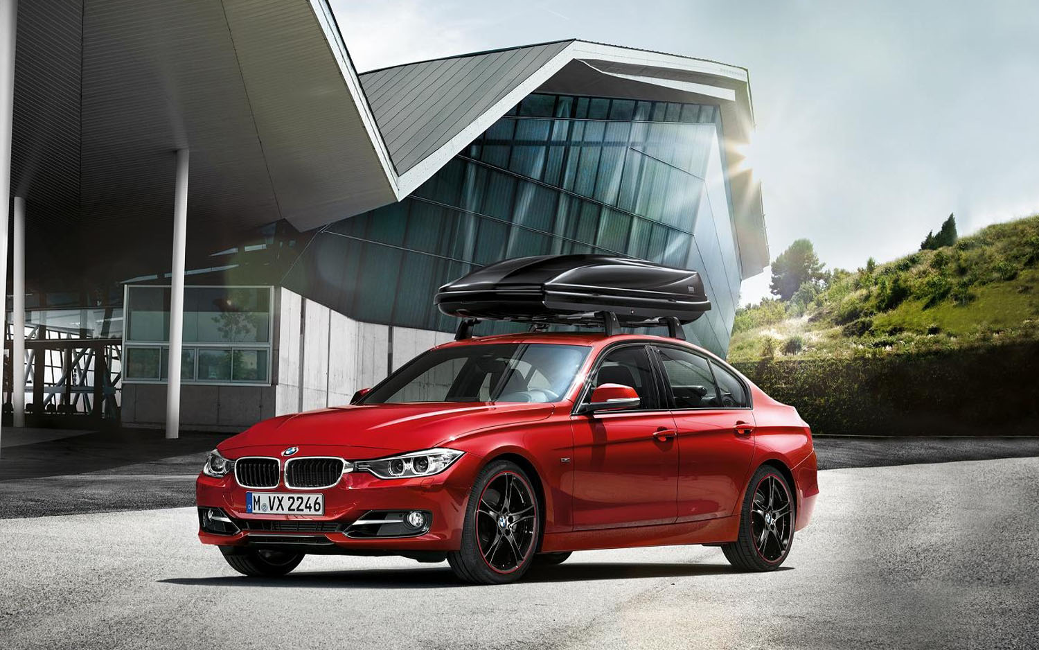 BMW 3 Series With Accessories Front Three Quarter1