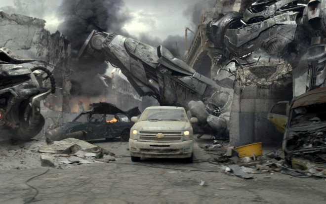 Chevrolet Silverado Super Bowl Commercial 1 660x413