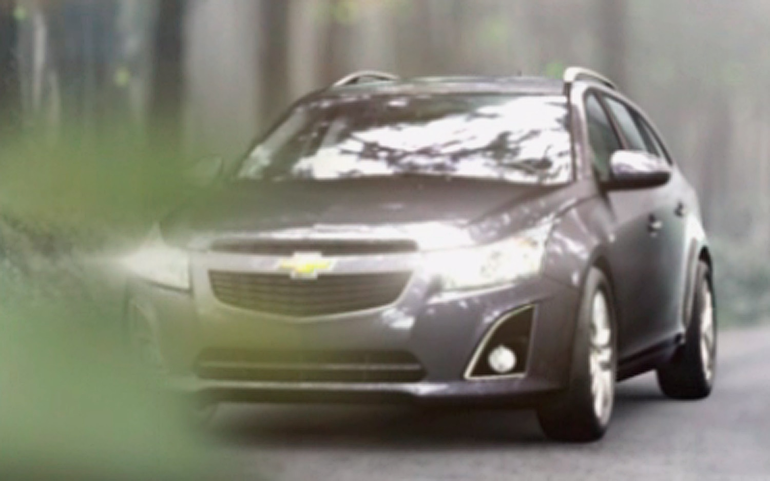 Chevy Cruze Wagon Front Video1