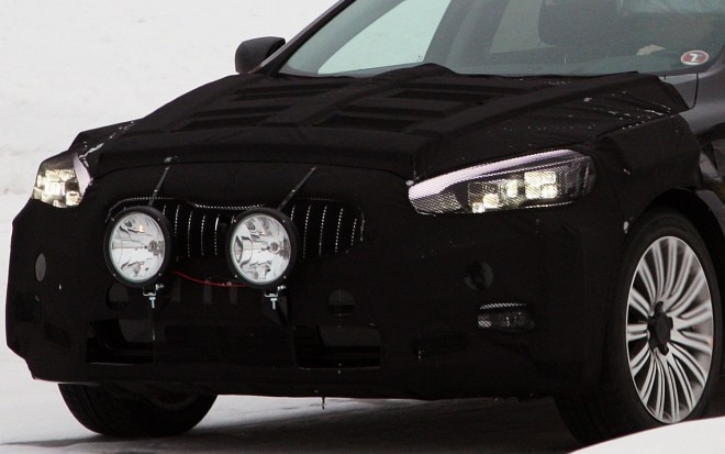 Kia K9 Sedan Spyshot Front Detail 660x413