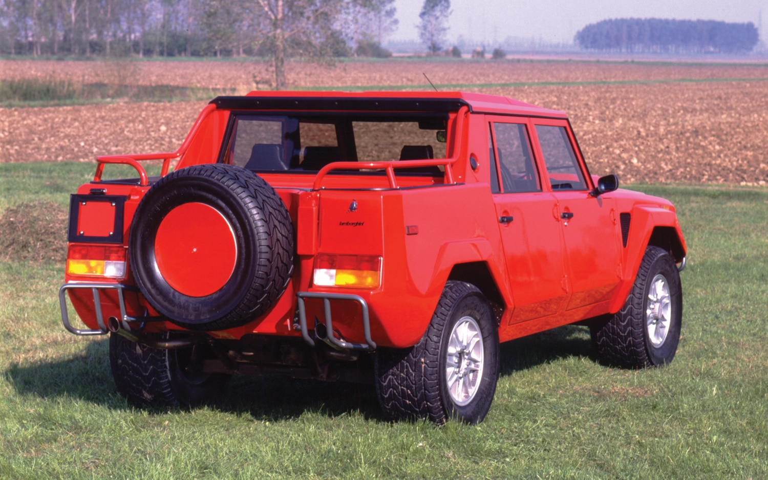 Lamborghini LM 002 Rear Three Quarter2