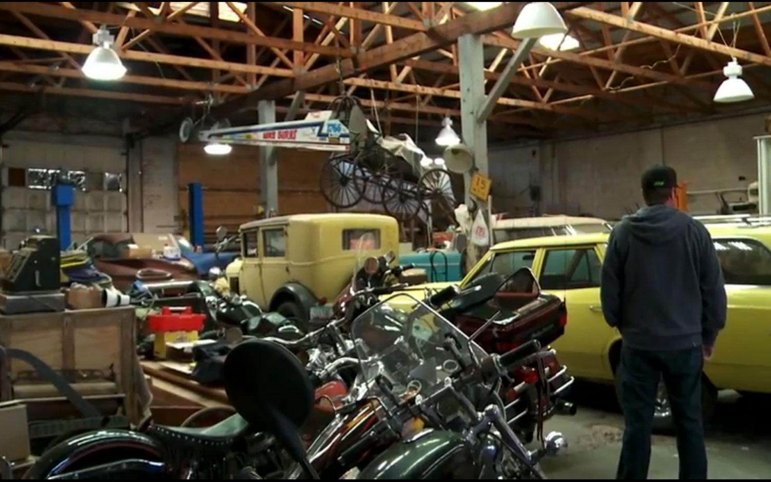 Roadkill Episode 1 Classic Cars Motorcycles1