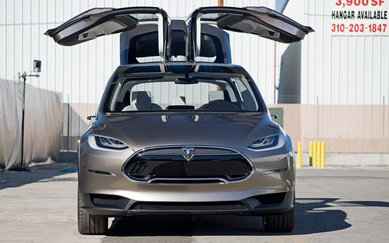 Tesla Model X Front Exterior1