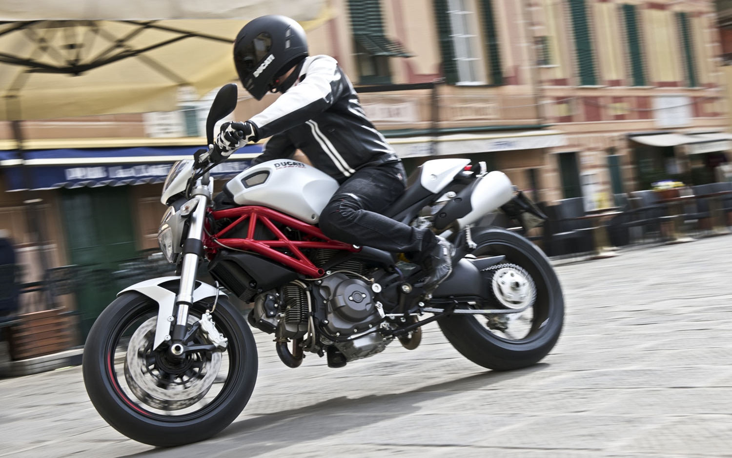 2010 Ducati Monster 796 Front Left Side View1
