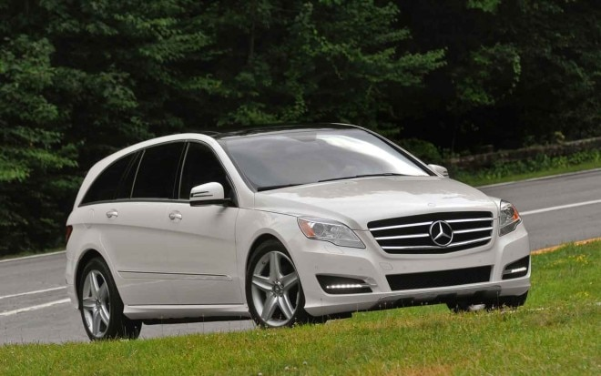 2011 Mercedes Benz R350 Front Side View1 660x413