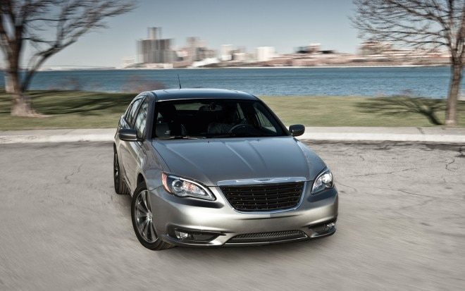 2012 Chrysler 200 S Front Three Quarter1 660x413