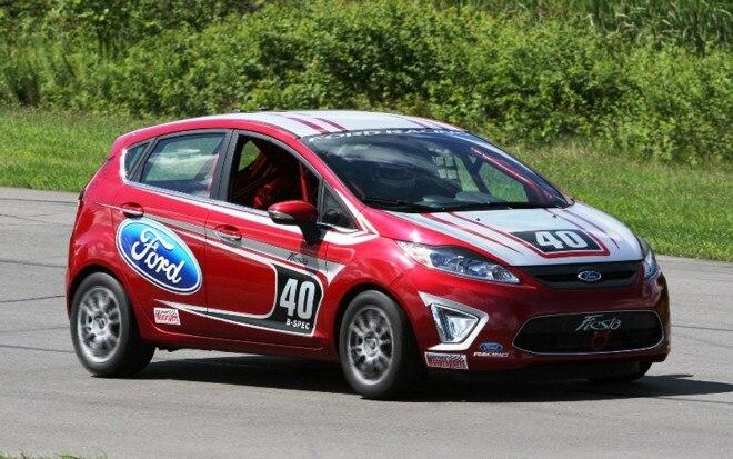 2012 Ford Fiesta B Spec Front Three Quarter Motion1 660x413