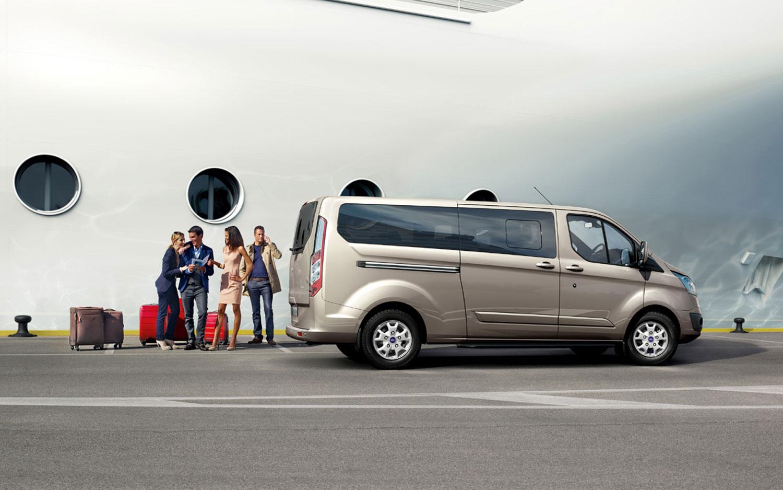2012 Ford Tourneo Custom Profile1