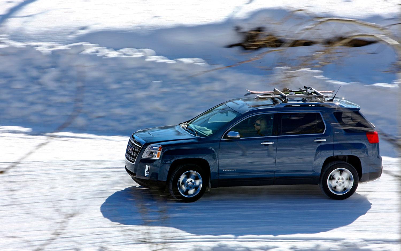 2012 GMC Terrain Profile In The Snow1