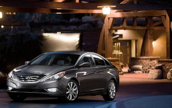 2012 Hyundai Sonata Front Three Quarter1 660x413