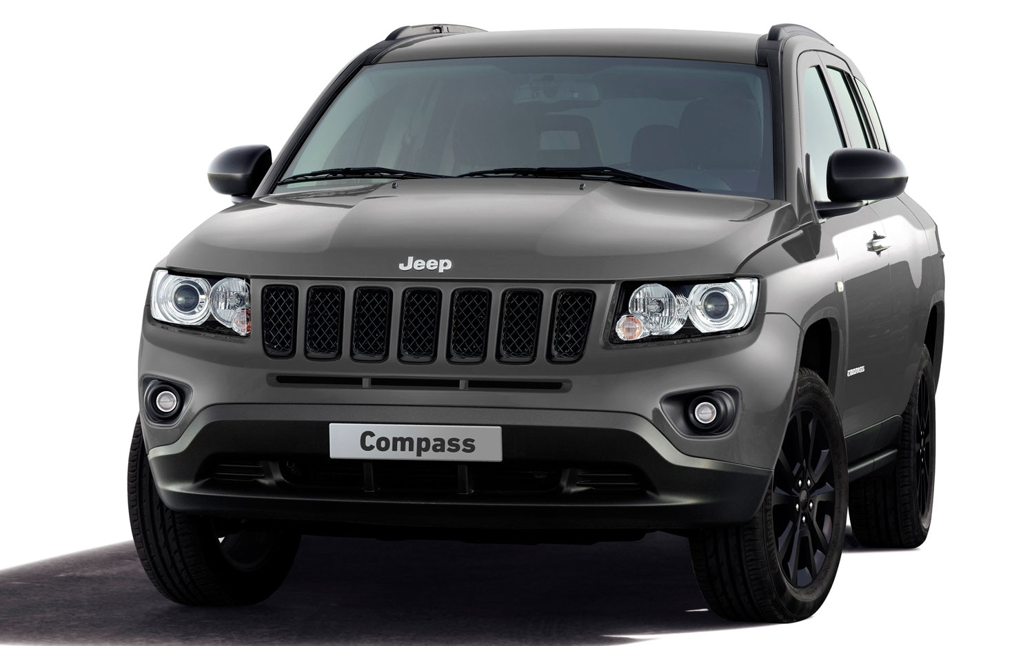 first look new special edition jeep wrangler grand cherokee compass automobile magazine. Black Bedroom Furniture Sets. Home Design Ideas