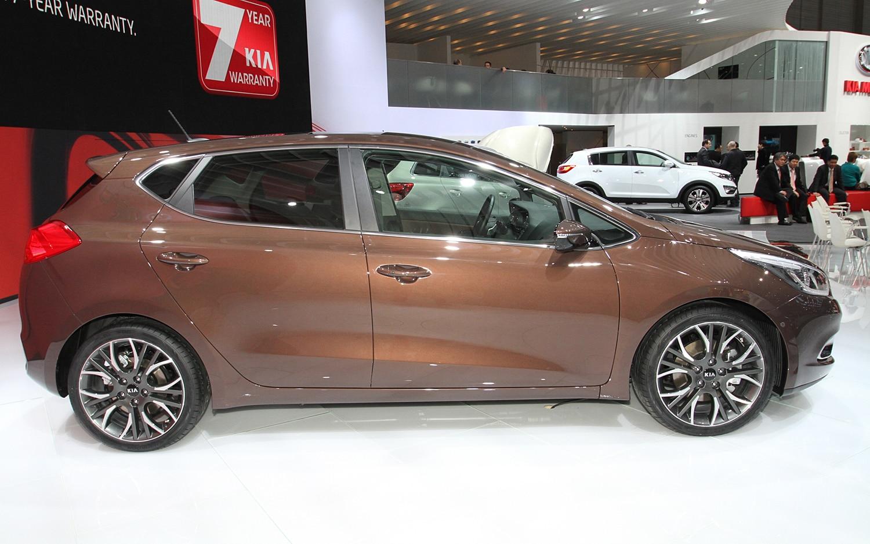 2012 Kia Ceed Side1