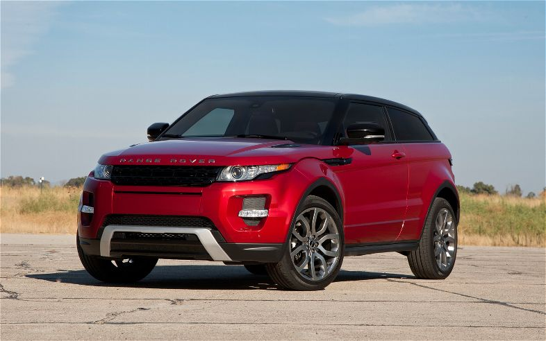 2012 Land Rover Range Rover Evoque Front Three Quarters1