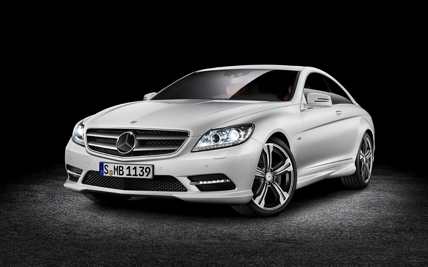 2012 Mercedes Benz CL Grand Edition Front Three Quarter1