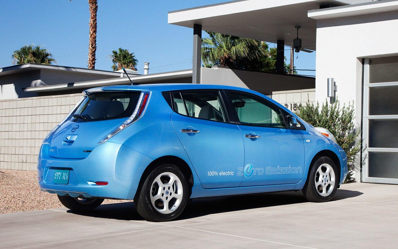2012 Nissan Leaf Rear Three Quarter1