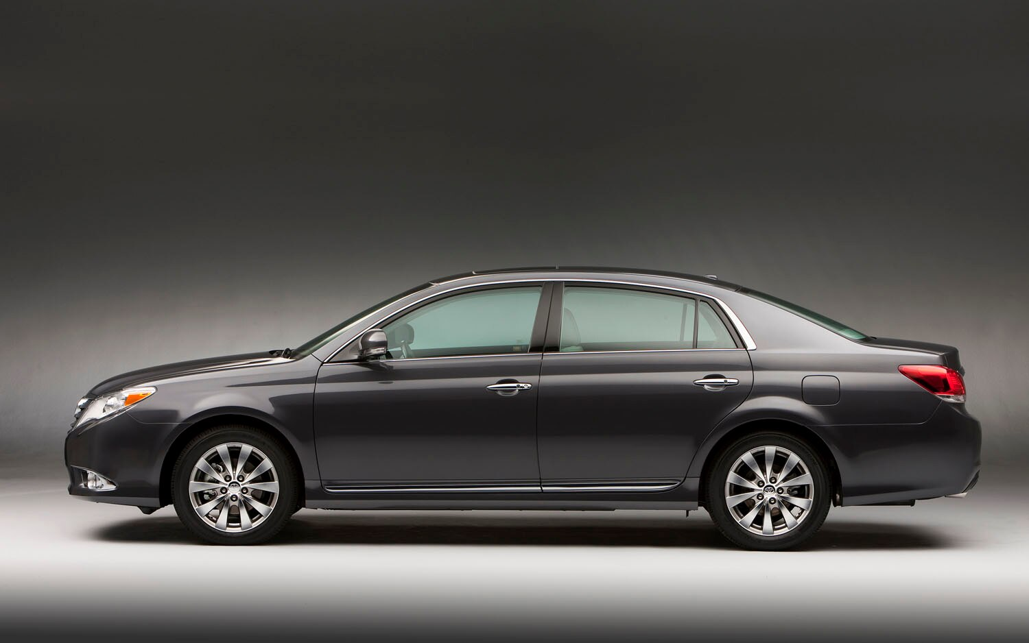 will the 2013 toyota avalon be a four door coupe sketch released prior to ny show. Black Bedroom Furniture Sets. Home Design Ideas