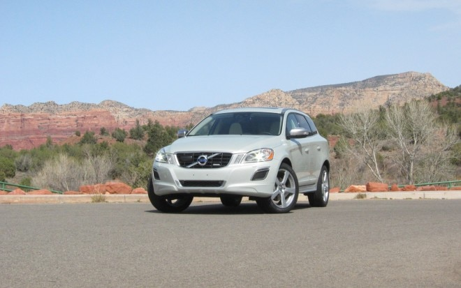 2012 XC60 R Design Front Three Quarter 1 660x413