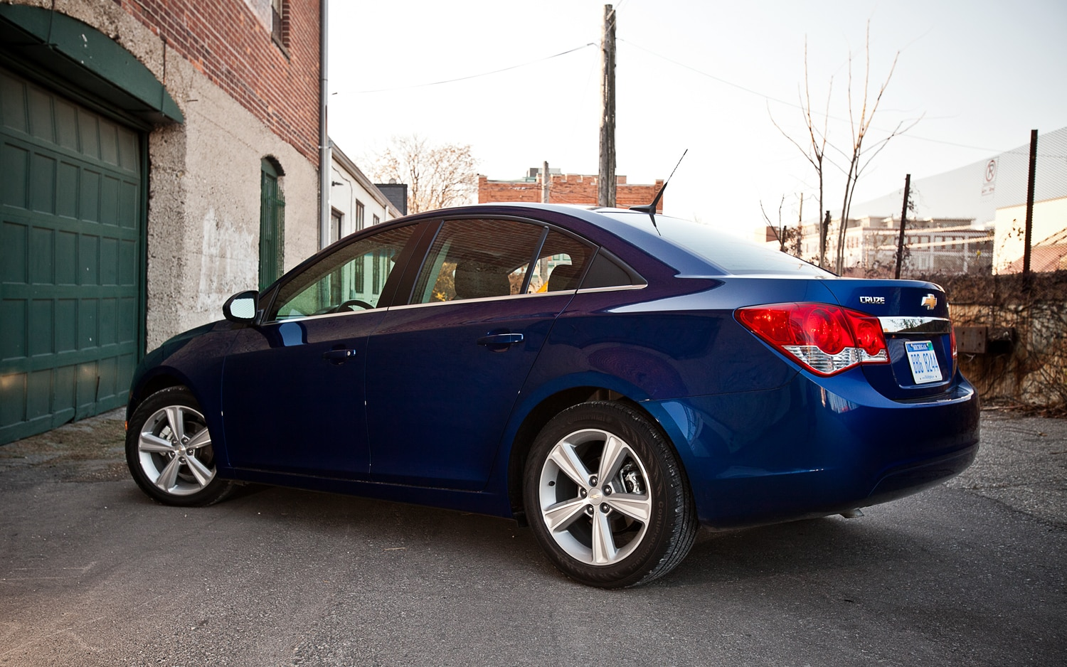2012 Chevrolet Cruze 2LT Rear Left Side View1