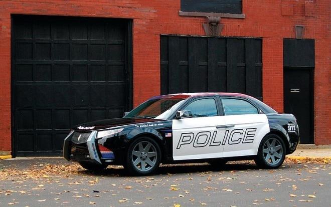 2013 Carbon Motors E7 Front Three Quarter View 660x413