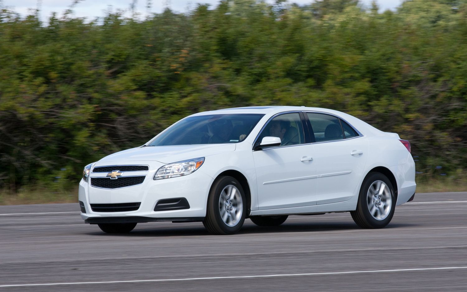 2013 chevrolet malibu turbocharged four cylinder rated at. Black Bedroom Furniture Sets. Home Design Ideas