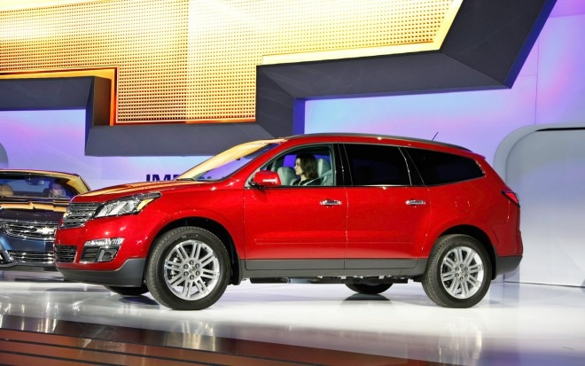 2013 Chevrolet Traverse Front Three Quarter