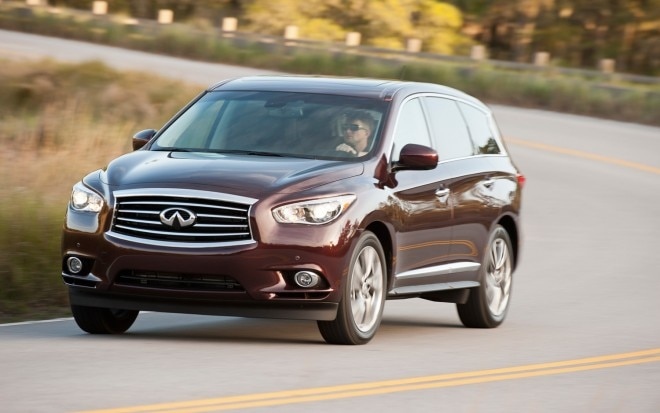 2013 Infiniti JX35 Front End In Motion1 660x413