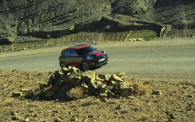 2013 Mini Countryman JCW Side View Video1 660x413