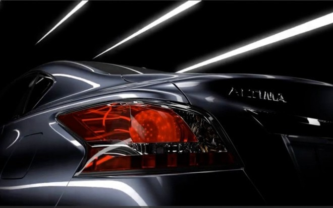 2013 Nissan Altima Taillight Teaser1 660x413