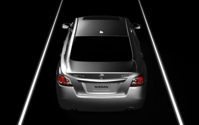 2013 Nissan Altima Teaser Video Rear View1 660x413