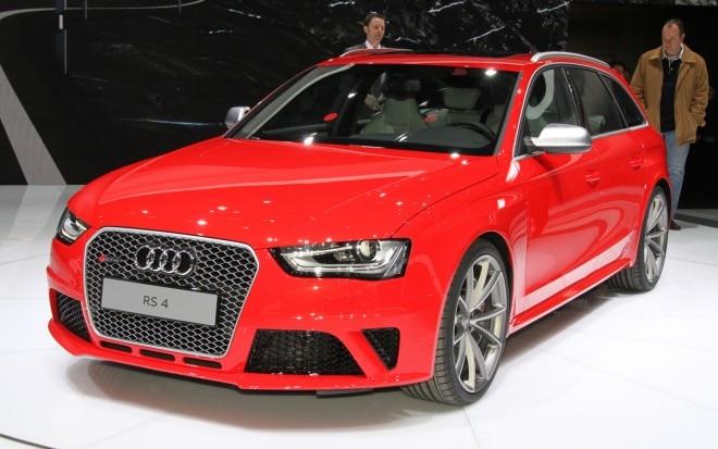 2013 Audi RS4 Avant Front Left View1 660x413