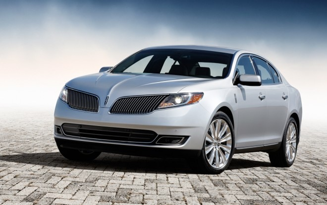 2013 Lincoln MKS EcoBoost Front Left View 21 660x413
