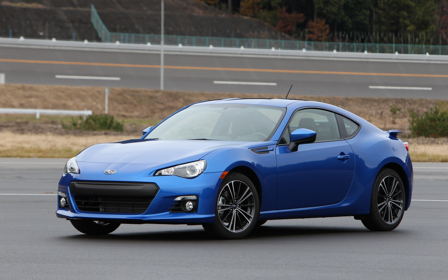 2013 Subaru BRZ Front Left Side View1