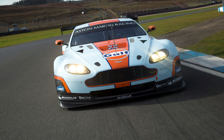 Aston Martin Vantage GTE 11
