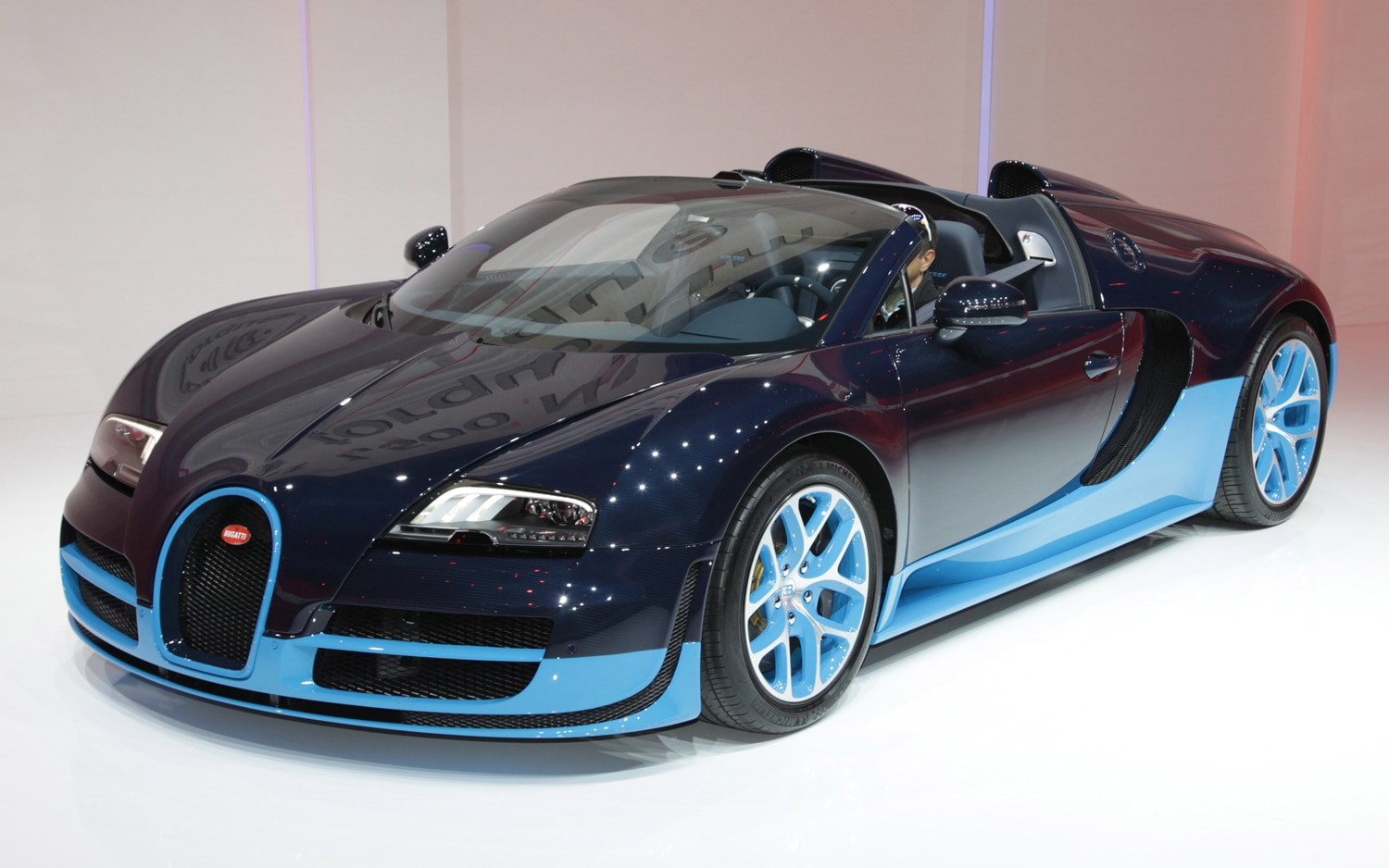 first look 2012 bugatti veyron grand sport vitesse automobile magazine. Black Bedroom Furniture Sets. Home Design Ideas