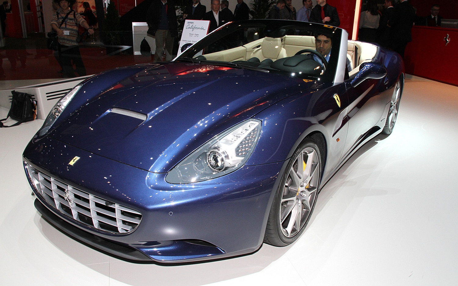 Ferrari California Front Three Quarter1
