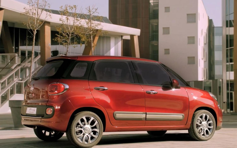 Fiat 500 L Profile1