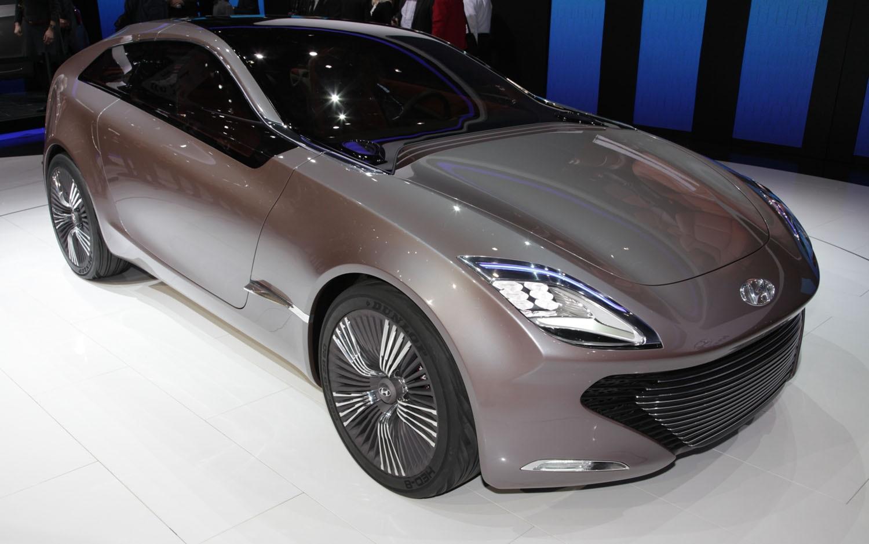 Hyundai I Oniq Concept Front Three Quarter1