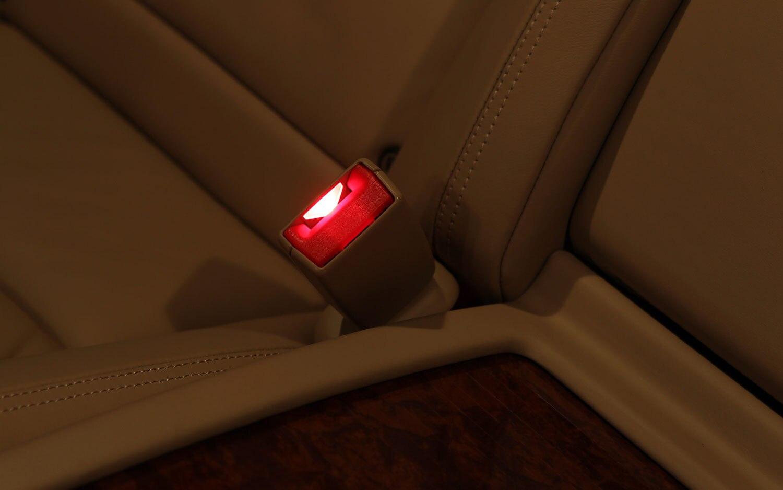 Mercedes Benz Active Seat Belt Buckle Illuminated1