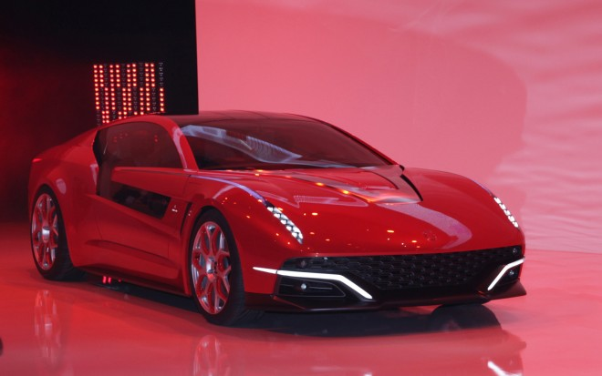 Italdesign Giugiaro Brivido Concept Front Right View 21 660x413