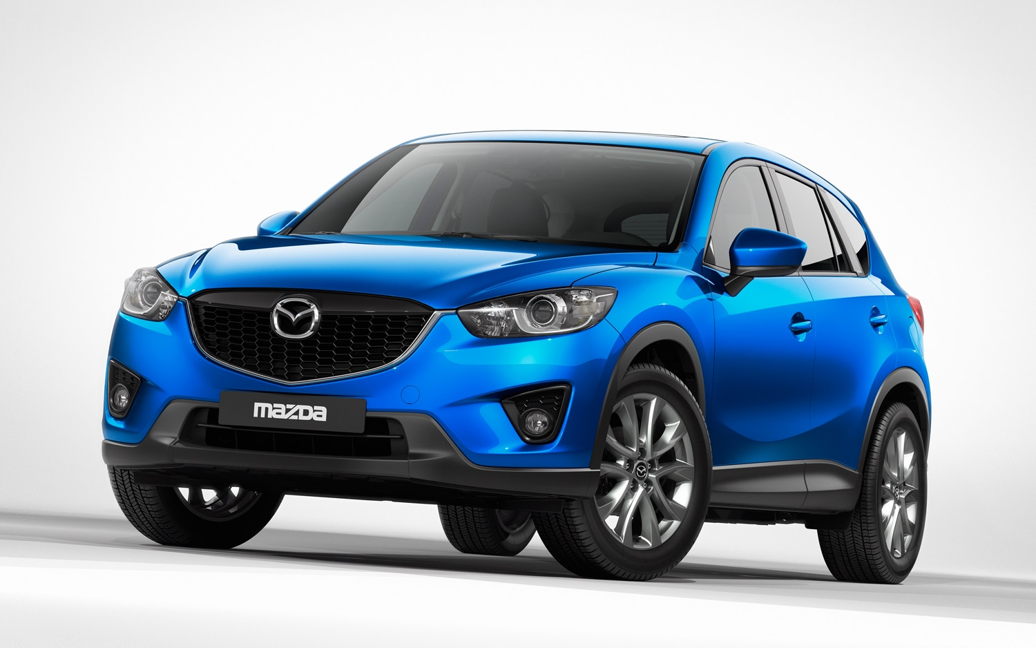 Mazda CX 5 Front Left View1