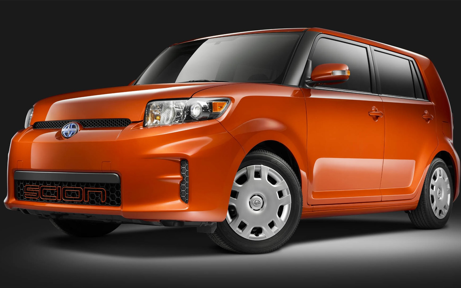 2012 Scion XB Front Three Quarter1