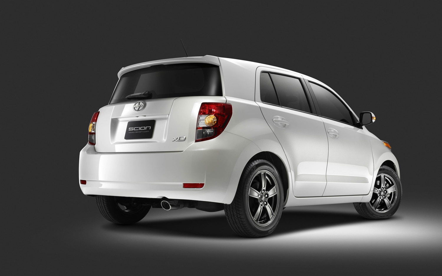 report scion xb xd being sent out to pasture but aren 39 t. Black Bedroom Furniture Sets. Home Design Ideas