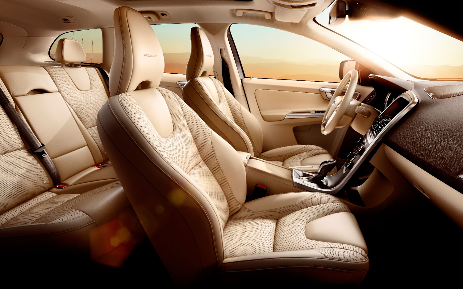 2013 Volvo XC60 Inscription Edition Packs A Luxurious Interior