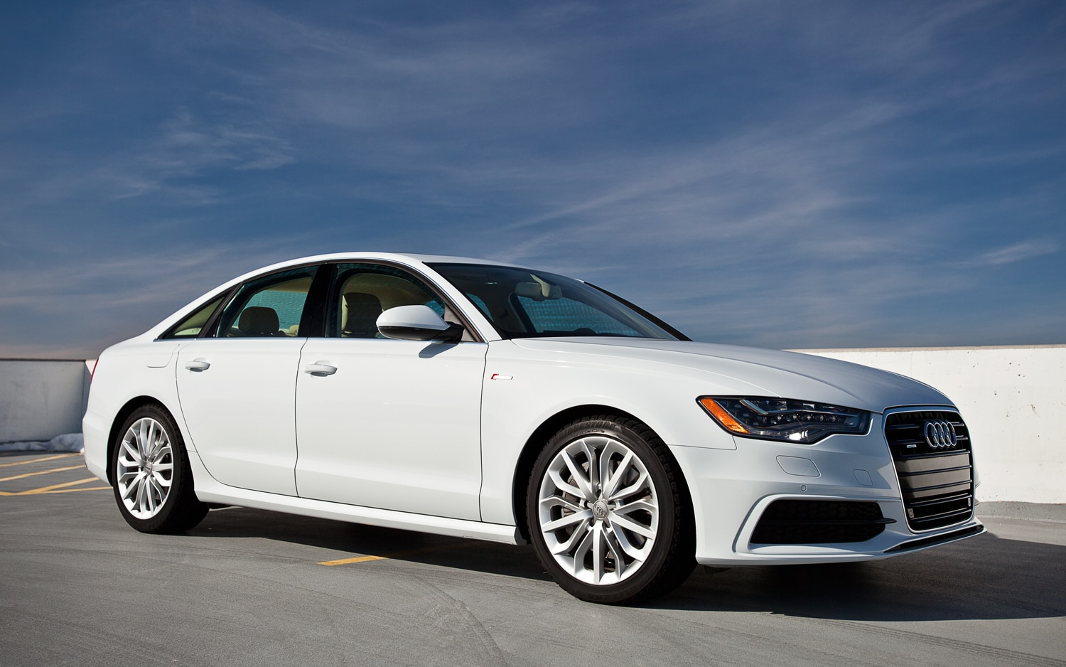 2012 Audi A6 Front Right Side View2
