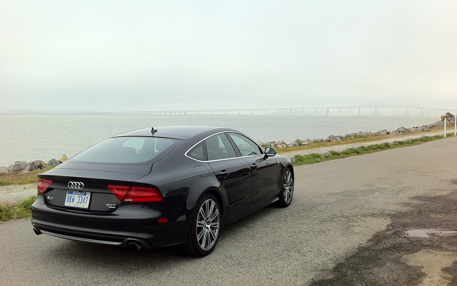 2012 Audi A7 Rear Right Side View2