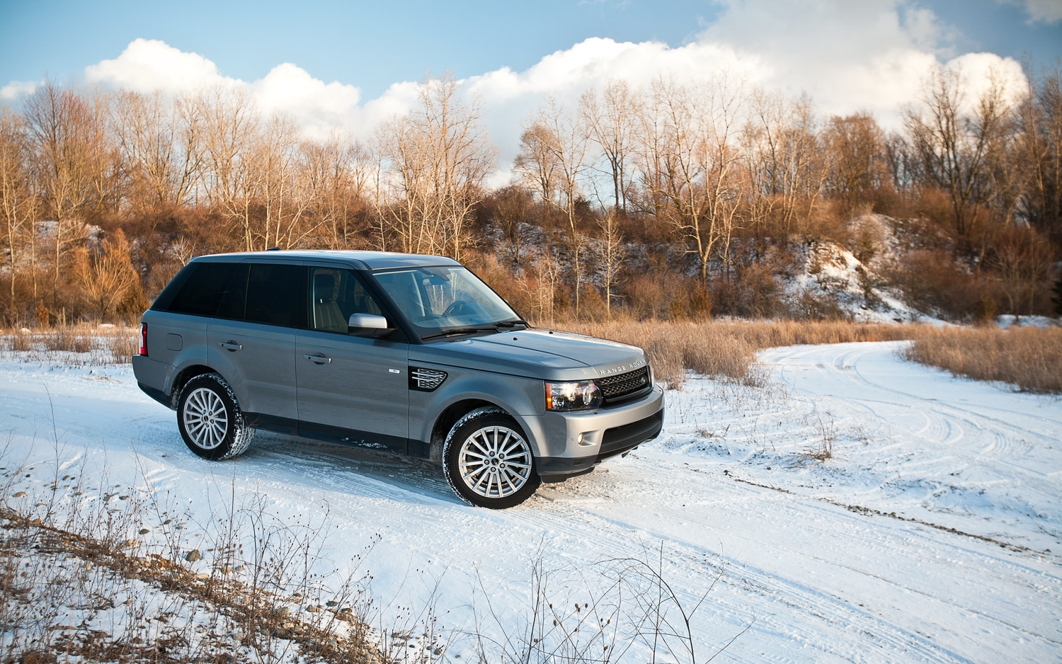 2012 Range Rover Sport HSE Front Right Side View1
