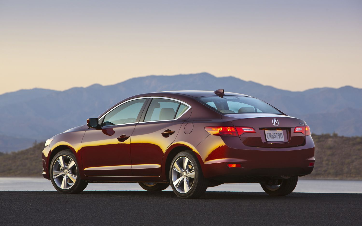 First Drive: 2013 Acura ILX