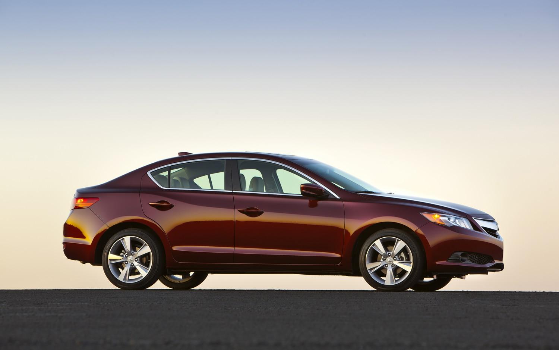 First Drive: 2013 Acura ILX - Automobile Magazine