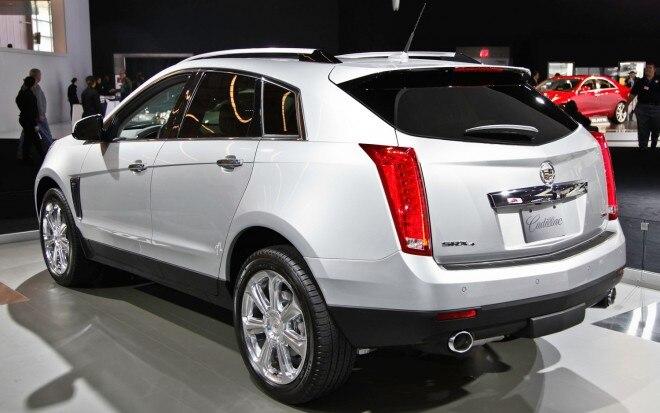 2013 Cadillac SRX Rear Three Quarters1 660x413