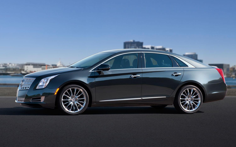 2013 Cadillac XTS Profile1